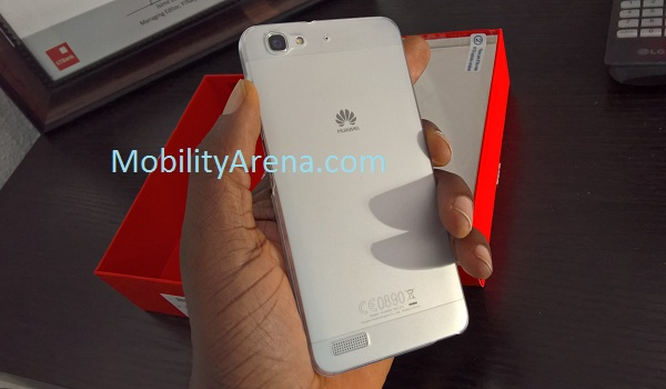 Huawei GR3 rear with transparent case